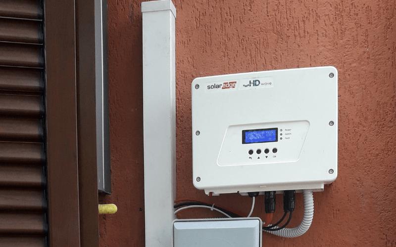 Installazione di inverter fotovoltaico SolarEdge in provincia di Roma